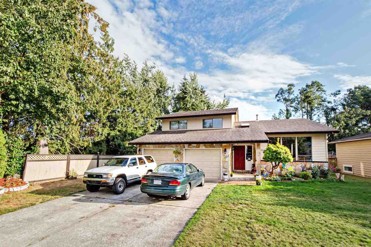 Main Photo: 32998 WHIDDEN Avenue in Mission: Mission BC House for sale : MLS®# R2321702