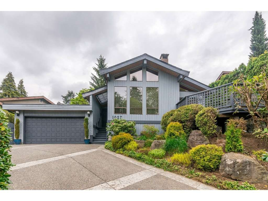 Main Photo: 1027 CORONA Crescent in Coquitlam: Chineside House for sale : MLS®# R2366839