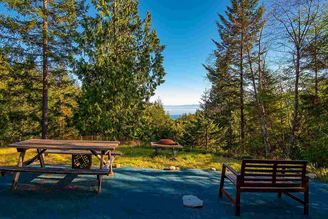 Main Photo: 347 AERIE TREE Lane: Bowen Island Land for sale : MLS®# R2369332