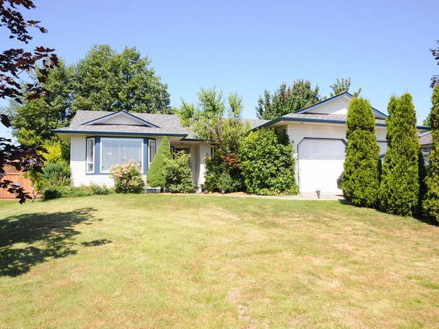 Main Photo: 2338 9TH E STREET in COURTENAY: Z2 Courtenay East House for sale (Zone 2 - Comox Valley)  : MLS®# 313600
