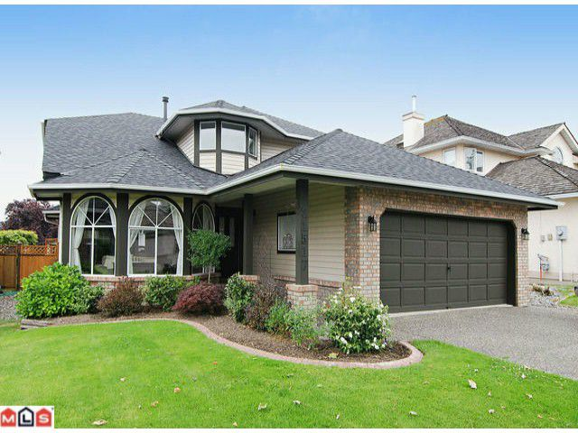 """Main Photo: 21517 87TH Avenue in Langley: Walnut Grove House for sale in """"FOREST HILLS"""" : MLS®# F1117693"""