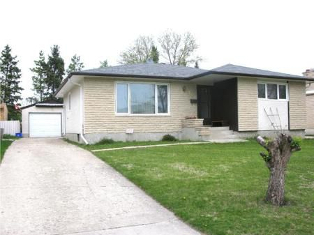 Main Photo: 135 Hiddleston Cr. in Winnipeg: Residential for sale (Maples)  : MLS®# 1009180