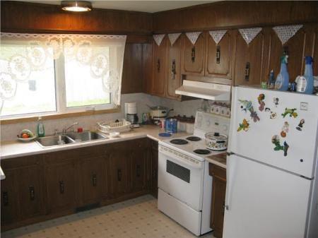 Photo 4: Photos: 135 Hiddleston Cr. in Winnipeg: Residential for sale (Maples)  : MLS®# 1009180
