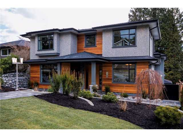 Main Photo: 323 E 26TH Street in North Vancouver: Upper Lonsdale House for sale : MLS®# V1059066