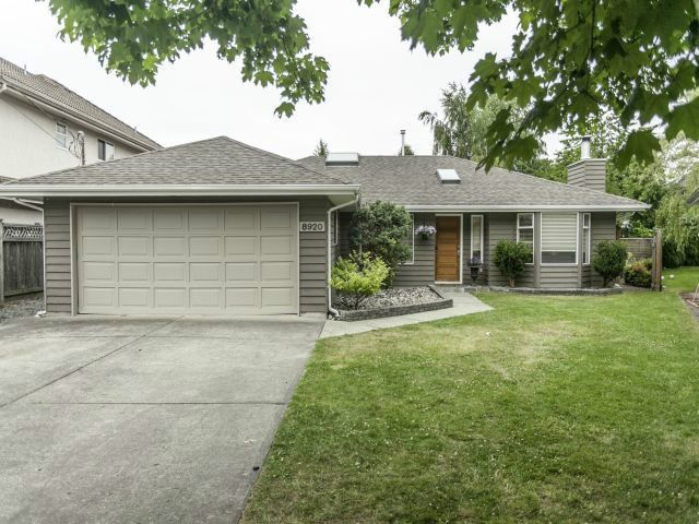 "Main Photo: 8920 CAIRNMORE Place in Richmond: Seafair House for sale in ""SEAFAIR"" : MLS®# V1089969"