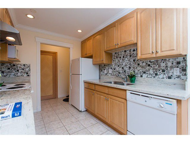 """Main Photo: 210 8400 ACKROYD Road in Richmond: Brighouse Condo for sale in """"LANSDOWNE GREEN"""" : MLS®# V1109887"""
