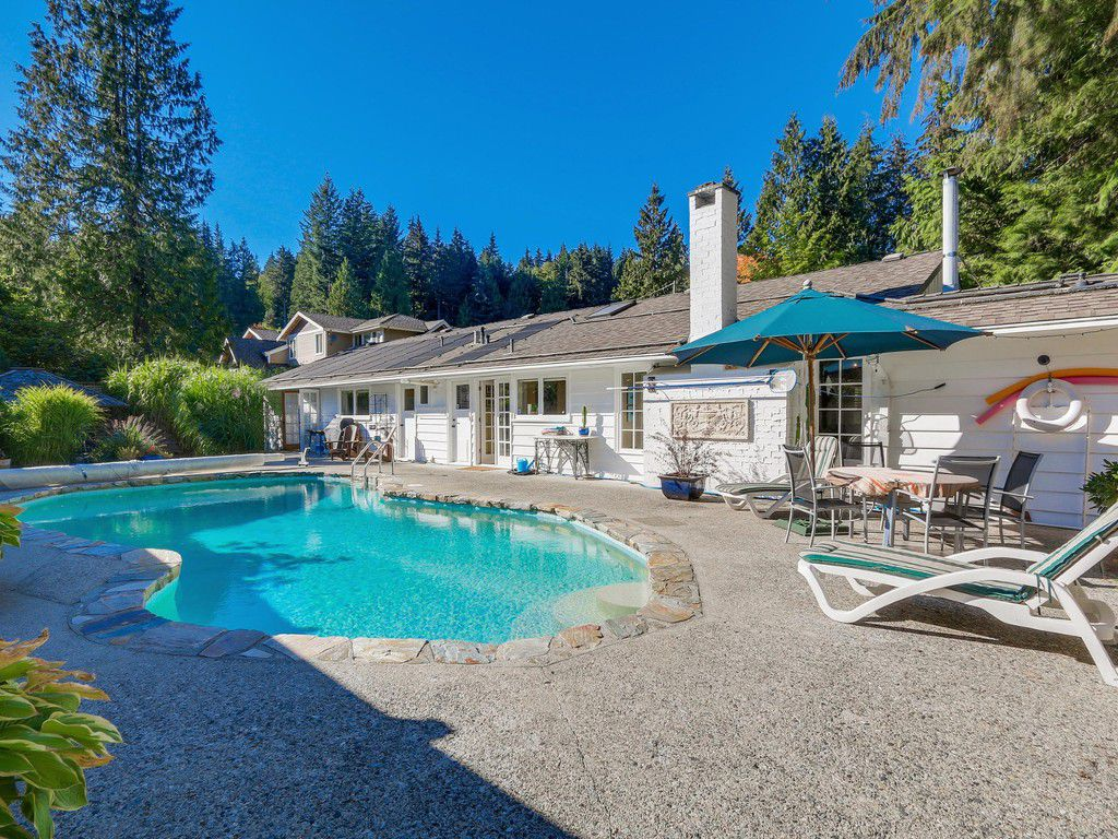 Main Photo: 314 MOYNE Drive in West Vancouver: British Properties House for sale : MLS®# R2107608