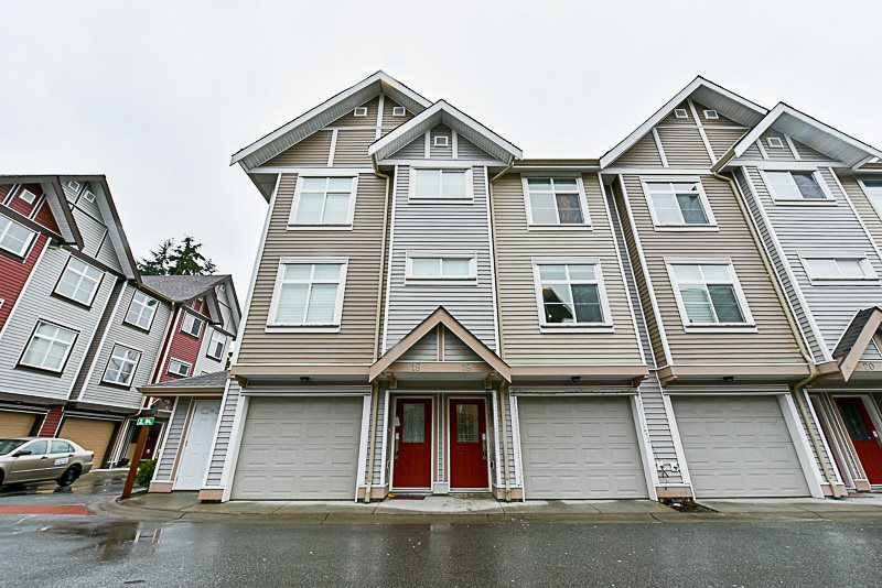 """Main Photo: 19 9405 121 Street in Surrey: Queen Mary Park Surrey Townhouse for sale in """"REDLEAF"""" : MLS®# R2146387"""