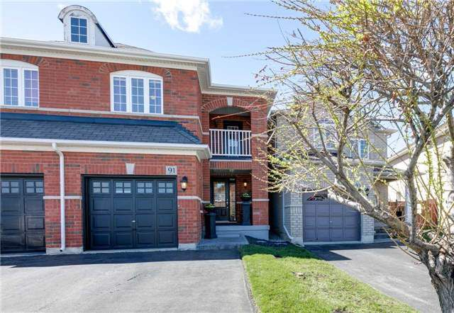 Main Photo: 91 Snowberry Crescent in Halton Hills: Georgetown House (2-Storey) for sale : MLS®# W3767520