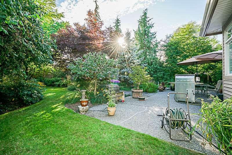 "Photo 18: Photos: 16366 N GLENWOOD Crescent in Surrey: Fraser Heights House for sale in ""Fraser Glen"" (North Surrey)  : MLS®# R2199679"