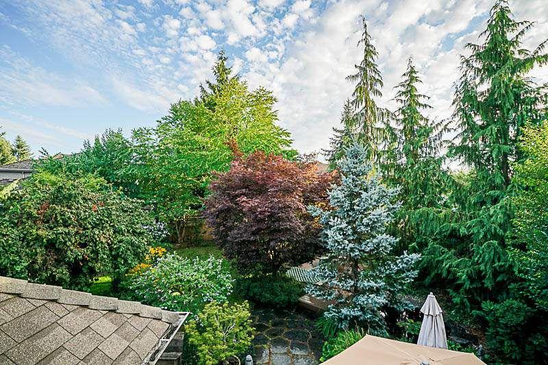 "Photo 15: Photos: 16366 N GLENWOOD Crescent in Surrey: Fraser Heights House for sale in ""Fraser Glen"" (North Surrey)  : MLS®# R2199679"
