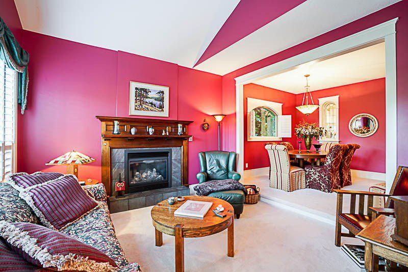 "Photo 3: Photos: 16366 N GLENWOOD Crescent in Surrey: Fraser Heights House for sale in ""Fraser Glen"" (North Surrey)  : MLS®# R2199679"