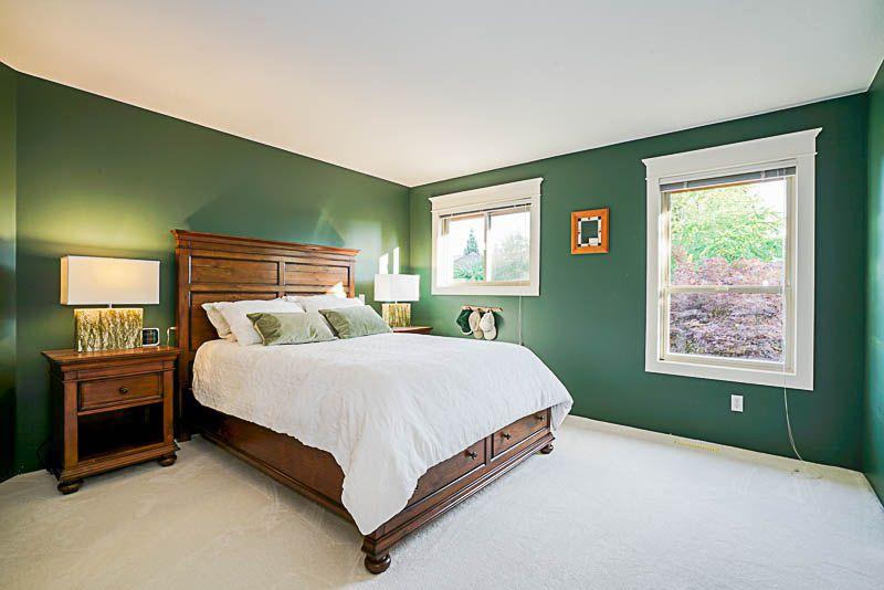 "Photo 14: Photos: 16366 N GLENWOOD Crescent in Surrey: Fraser Heights House for sale in ""Fraser Glen"" (North Surrey)  : MLS®# R2199679"