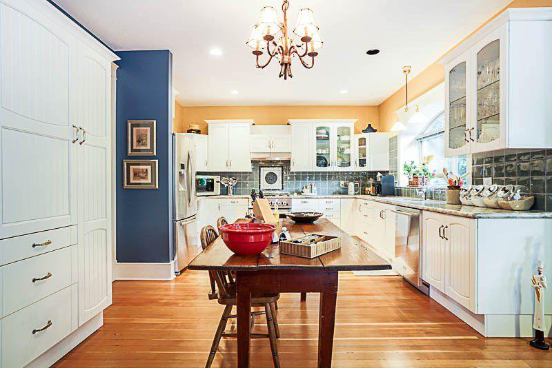 "Photo 6: Photos: 16366 N GLENWOOD Crescent in Surrey: Fraser Heights House for sale in ""Fraser Glen"" (North Surrey)  : MLS®# R2199679"