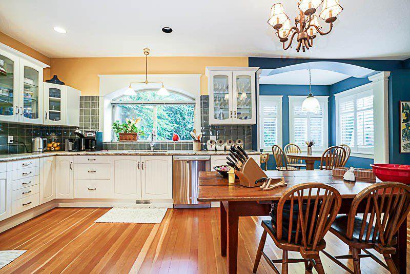 "Photo 5: Photos: 16366 N GLENWOOD Crescent in Surrey: Fraser Heights House for sale in ""Fraser Glen"" (North Surrey)  : MLS®# R2199679"