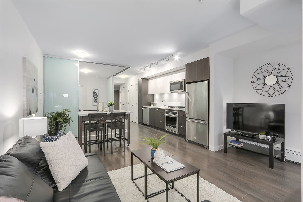 """Main Photo: 521 384 E 1ST Avenue in Vancouver: Mount Pleasant VE Condo for sale in """"CANVAS"""" (Vancouver East)  : MLS®# R2230543"""