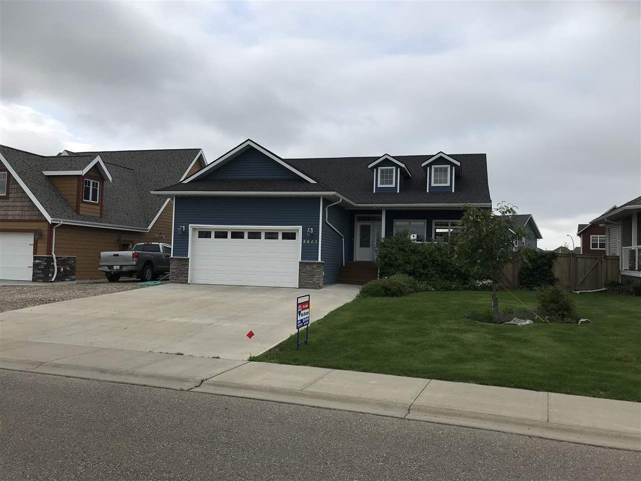 "Main Photo: 8803 111 Avenue in Fort St. John: Fort St. John - City NE House for sale in ""WHISPERING WINDS"" (Fort St. John (Zone 60))  : MLS®# R2279272"