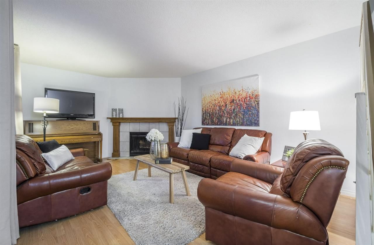 Main Photo: 5632 148 Street in Edmonton: Zone 14 Townhouse for sale : MLS®# E4139909