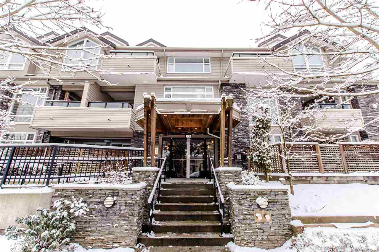 "Main Photo: 208 3150 VINCENT Street in Port Coquitlam: Glenwood PQ Condo for sale in ""BREYERTON"" : MLS®# R2340425"