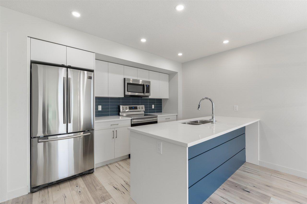 Main Photo: 12045 95 Street in Edmonton: Zone 05 House Half Duplex for sale : MLS®# E4147104