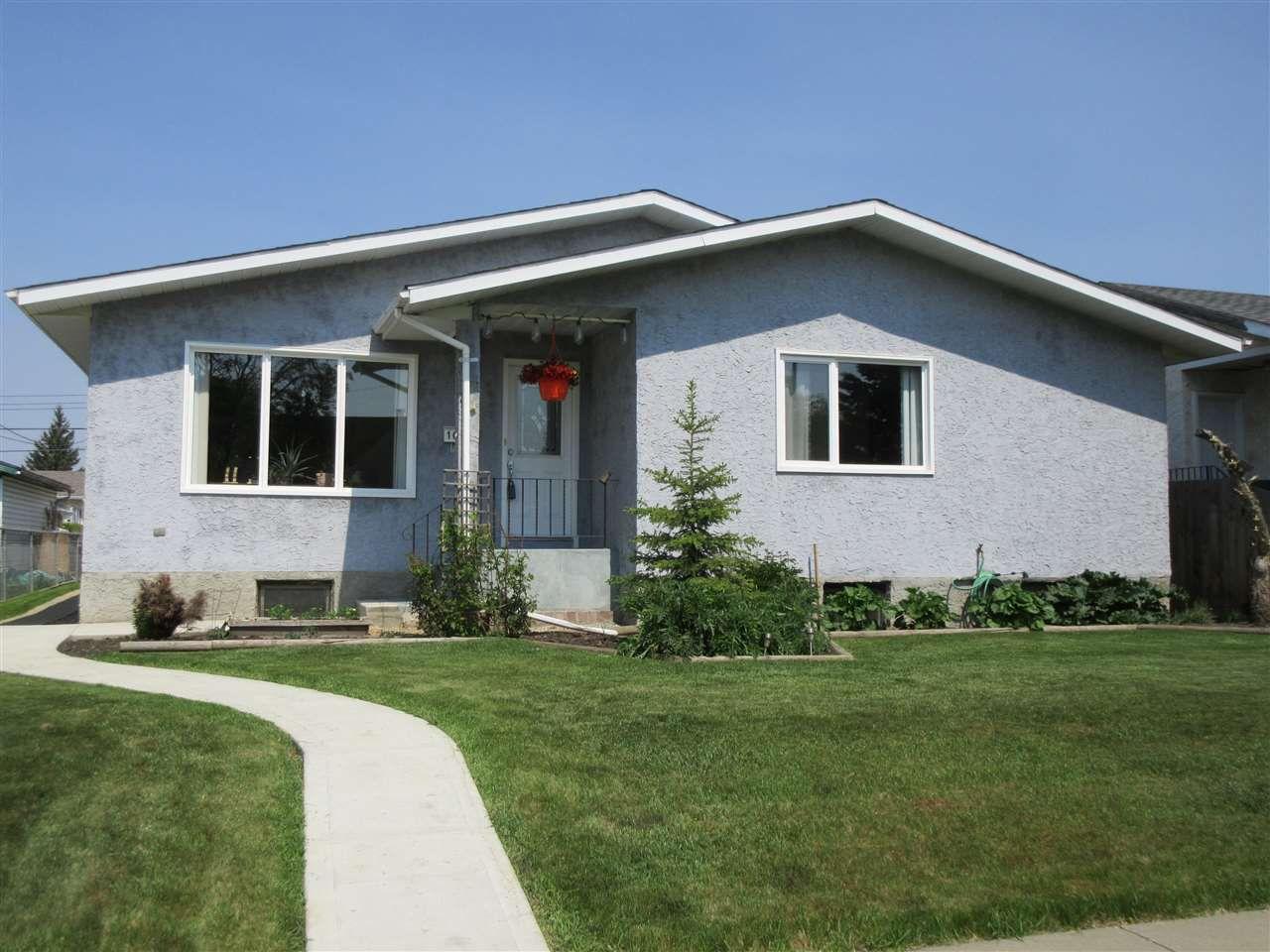 Main Photo: 10110 103 Avenue: Morinville House for sale : MLS®# E4159162