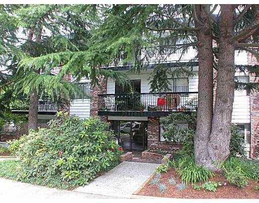 "Main Photo: 211 2330 MAPLE ST in Vancouver: Kitsilano Condo for sale in ""MAPLE GARDENS"" (Vancouver West)  : MLS®# V575448"