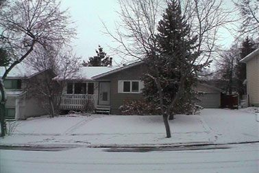 Main Photo: 5 Lafonde Crescent: House for sale (Lacombe Park)  : MLS®# 2328262