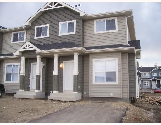 Main Photo: 424 111 Tarawood Lane NE in Calgary: Taradale Townhouse for sale : MLS®# C3378438