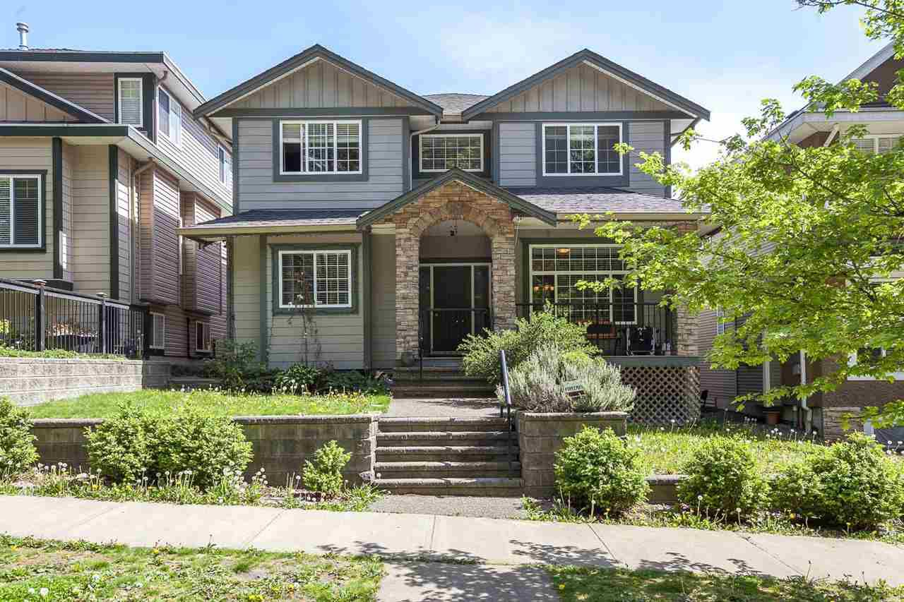"""Main Photo: 10348 JACKSON Road in Maple Ridge: Albion House for sale in """"Thornhill Heights"""" : MLS®# R2059972"""