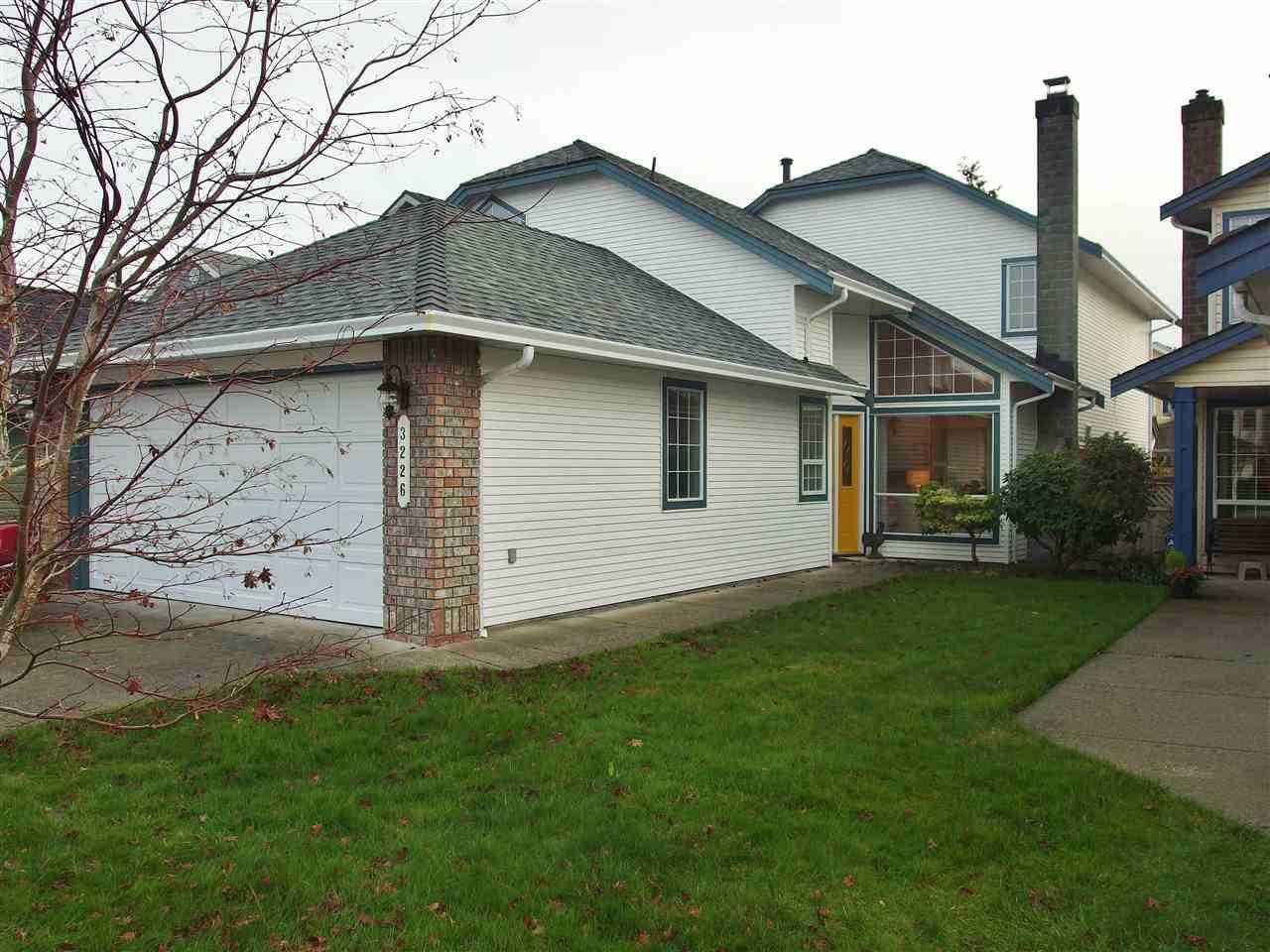 Main Photo: 3226 GEORGIA Street in Richmond: Steveston Village House for sale : MLS®# R2141023
