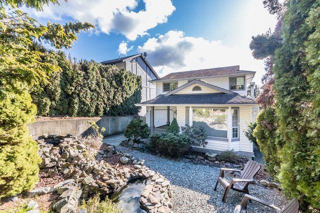 "Main Photo: 34982 GLENN MOUNTAIN Drive in Abbotsford: Abbotsford East House for sale in ""Glenn Mountain"" : MLS®# R2147630"