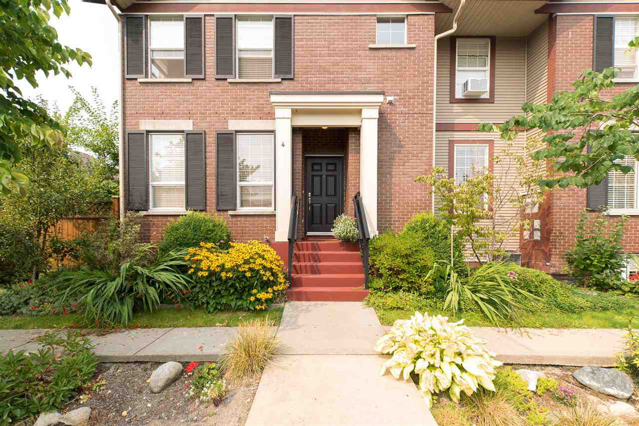 Main Photo: 4 20832 70 Avenue in Langley: Willoughby Heights Townhouse for sale : MLS®# R2195390
