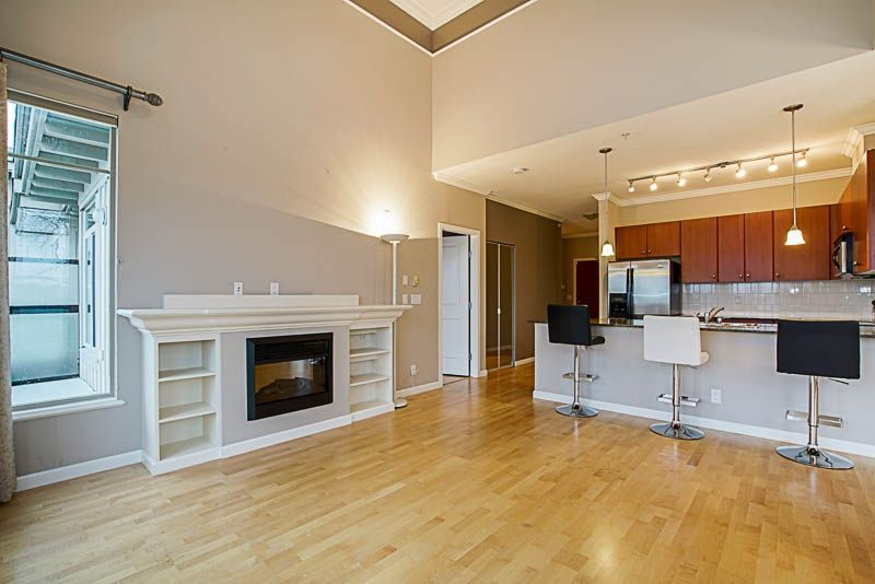 "Main Photo: 416 10180 153 Street in Surrey: Guildford Condo for sale in ""CHARLTON PARK"" (North Surrey)  : MLS®# R2230749"