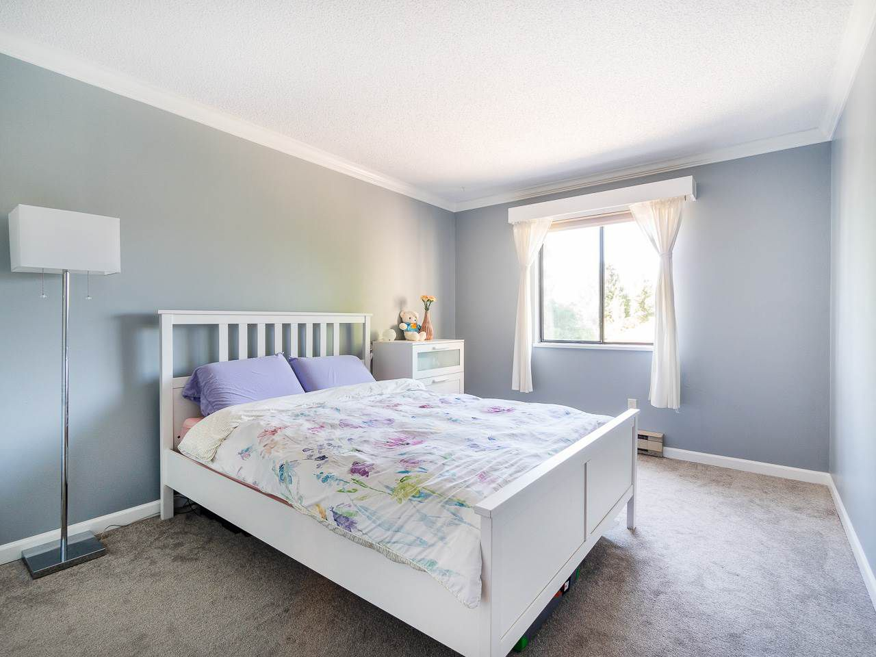 """Photo 10: Photos: 202 836 TWELFTH Street in New Westminster: West End NW Condo for sale in """"London Place"""" : MLS®# R2289709"""