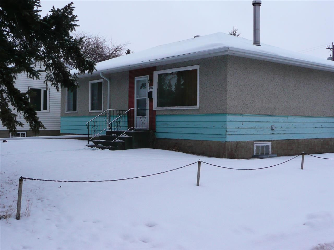 Main Photo: 9119 76 Street NW in Edmonton: Zone 18 House for sale : MLS®# E4139365