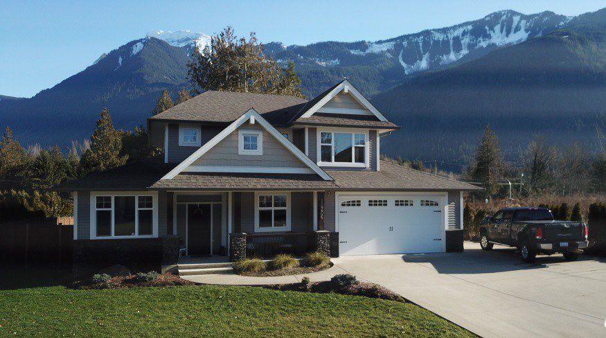 "Main Photo: 10206 ROYALWOOD Boulevard in Rosedale: Rosedale Popkum House for sale in ""Woodland Heights"" : MLS®# R2336126"