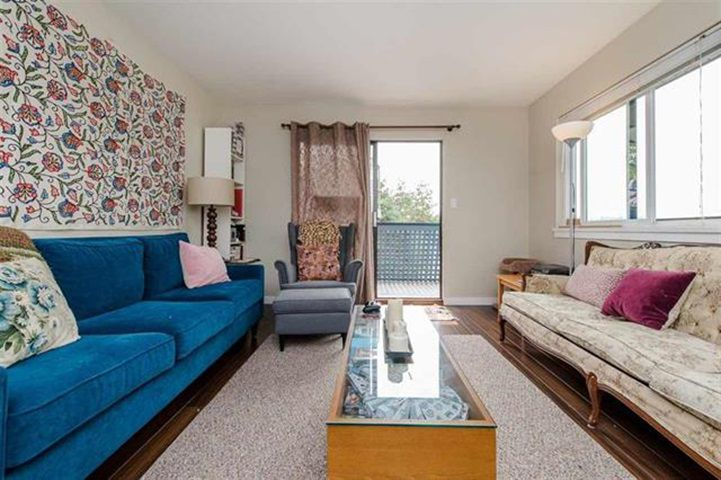 """Main Photo: 315 5906 176A Street in Surrey: Cloverdale BC Condo for sale in """"Wyndham"""" (Cloverdale)  : MLS®# R2339808"""