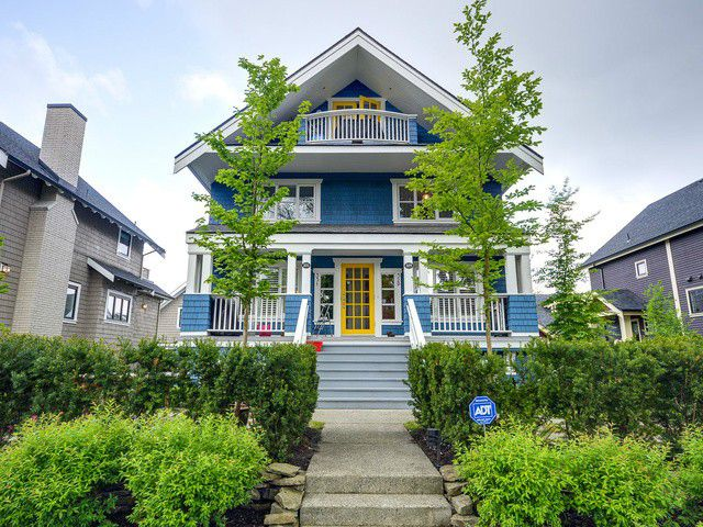"Main Photo: 329 W 15TH Avenue in Vancouver: Mount Pleasant VW Townhouse for sale in ""City Hall"" (Vancouver West)  : MLS®# V1063168"