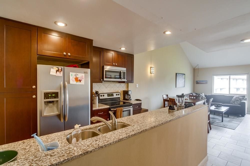 Main Photo: MISSION VALLEY Condo for sale : 2 bedrooms : 6171 Rancho Mission Rd #314 in San Diego