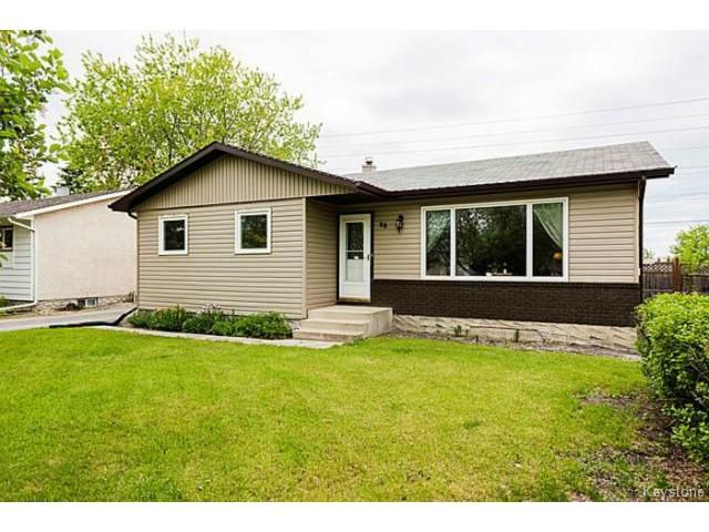 Main Photo: 98 CATHERINE Bay in SELKIRK: City of Selkirk Residential for sale (Winnipeg area)  : MLS®# 1514718