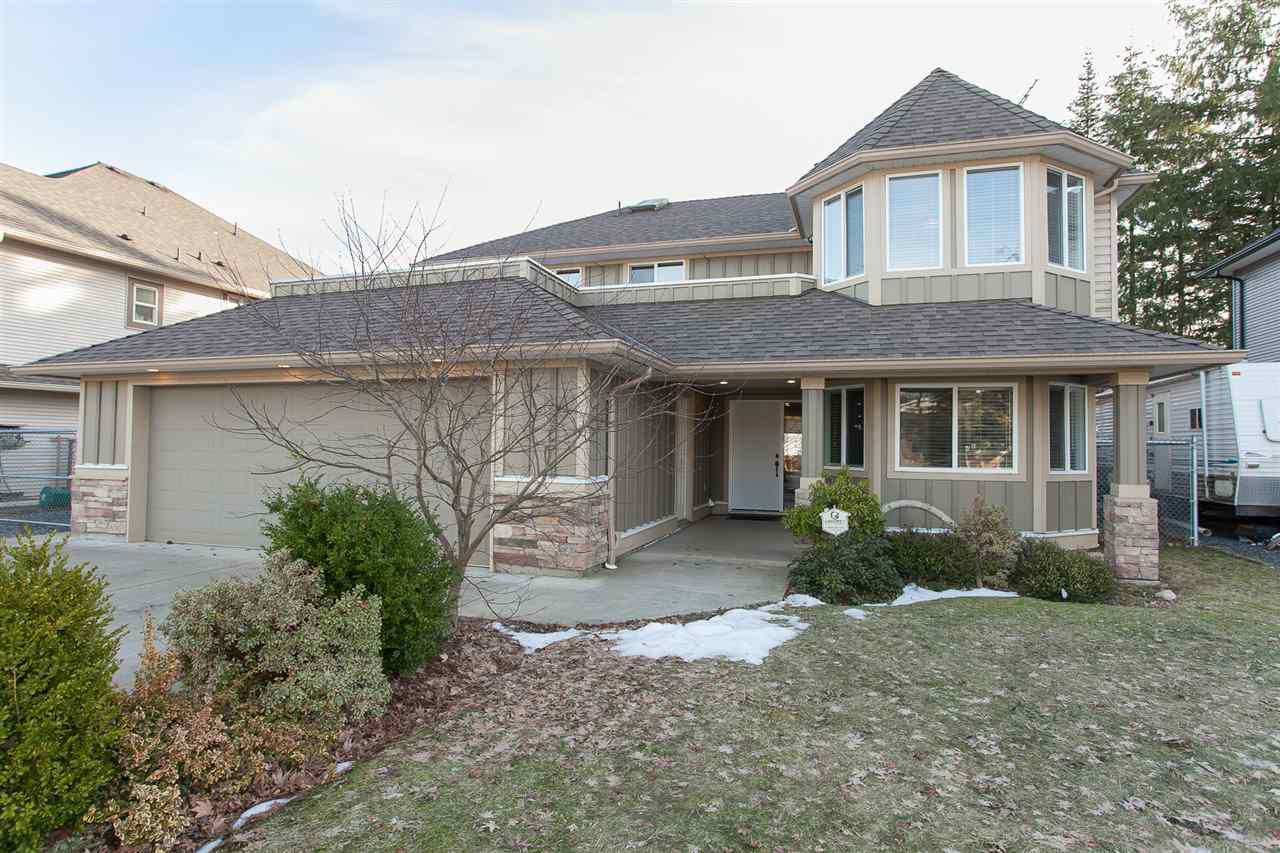 Quiet No-Thru Road with brand new, high-end homes currently being built.  2 Double Car Garages = 4 covered car spaces or use 1 as an attached workshop! RV/Boat parking & space for all the toys! Roof est about 3-4 years old plus brand new hot water tank!