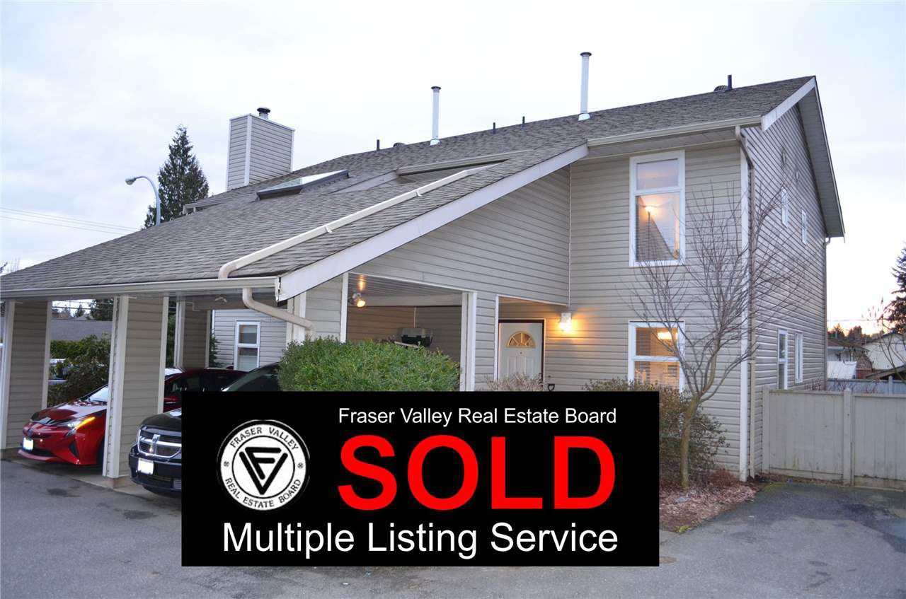 Main Photo: 2 33917 MARSHALL Road in Abbotsford: Central Abbotsford Townhouse for sale : MLS®# R2145423
