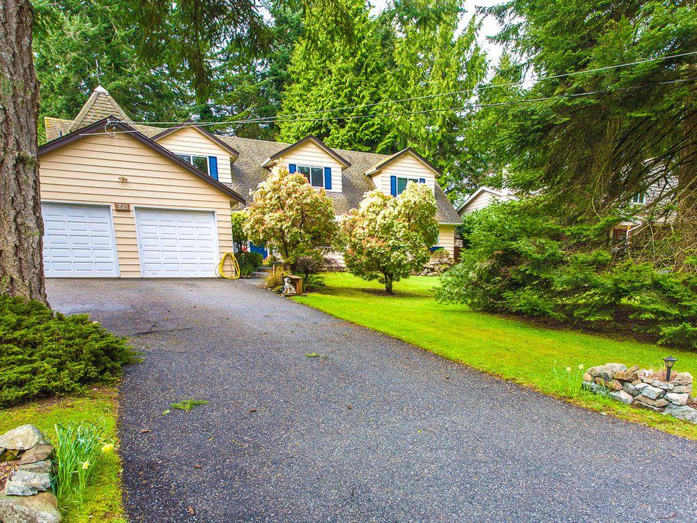 Main Photo: 3521 Oakridge Drive in Hammond Bay: House for sale : MLS®# 389439