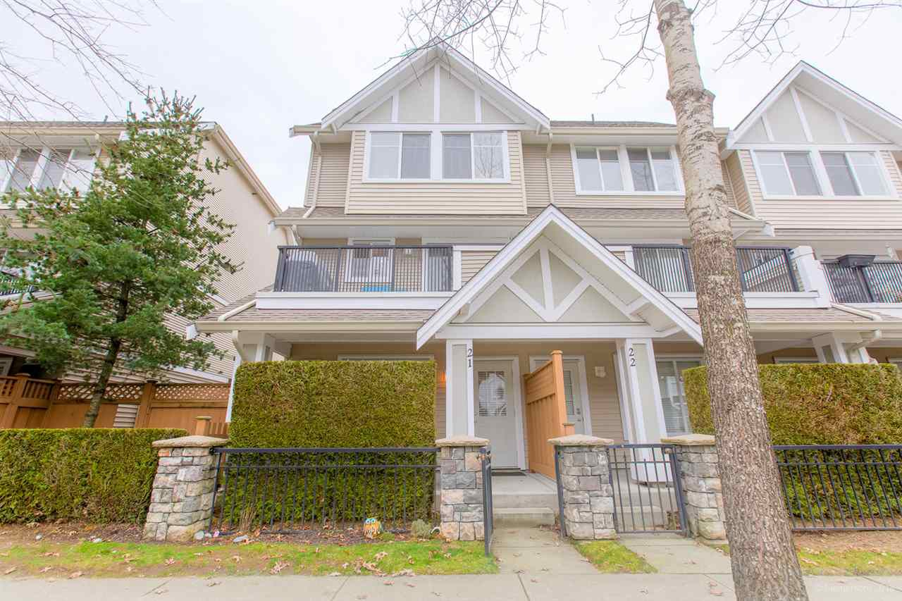 """Main Photo: 21 19141 124 Avenue in Pitt Meadows: Mid Meadows Townhouse for sale in """"MEADOWVIEW ESTATES"""" : MLS®# R2362595"""