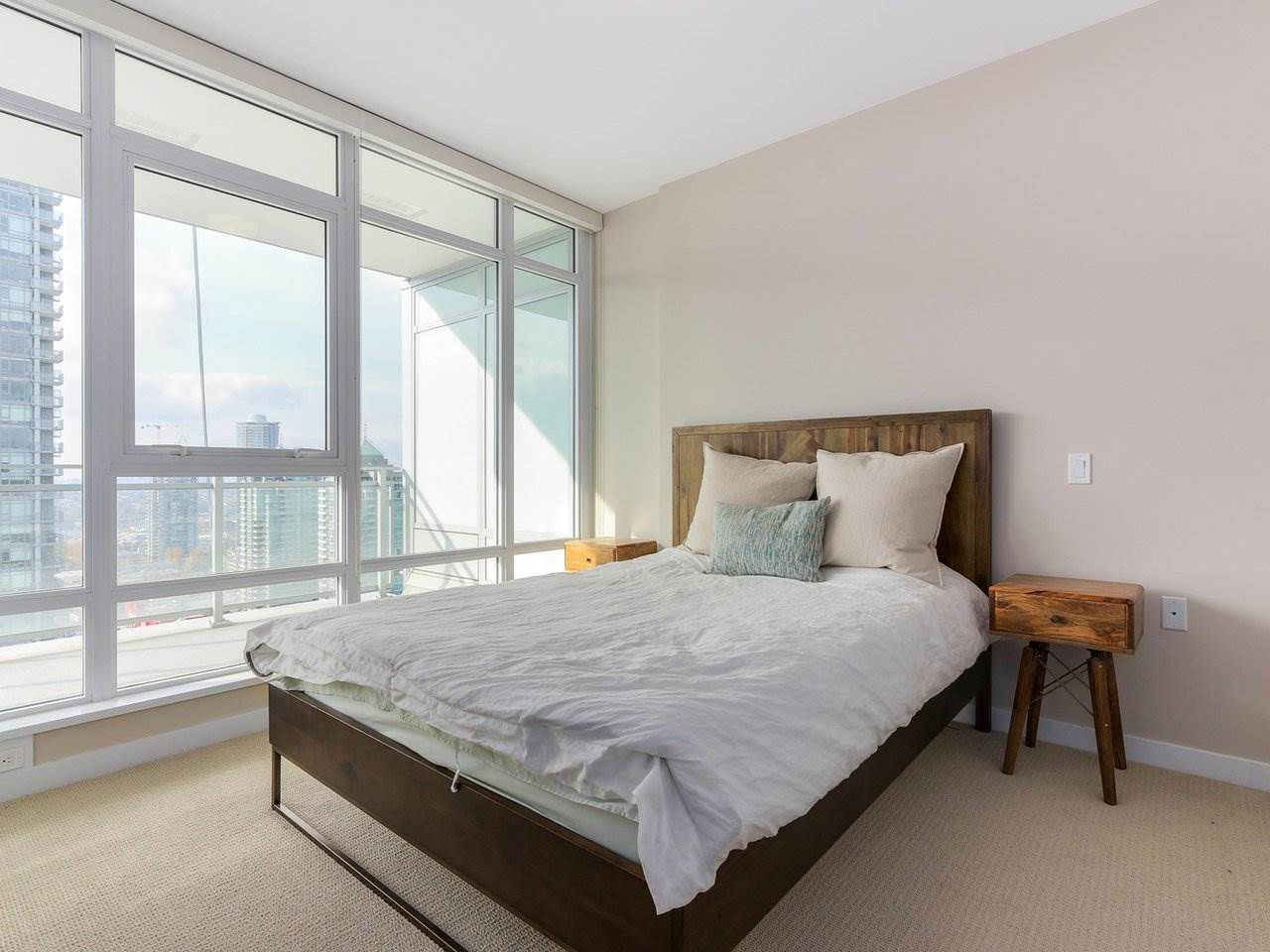 Photo 8: Photos: 1902 4485 SKYLINE Drive in Burnaby: Brentwood Park Condo for sale (Burnaby North)  : MLS®# R2378091