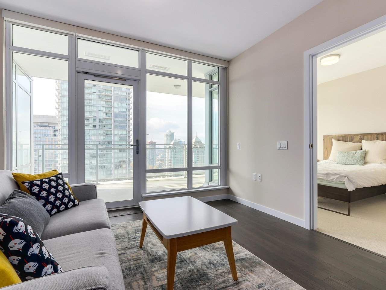 Photo 4: Photos: 1902 4485 SKYLINE Drive in Burnaby: Brentwood Park Condo for sale (Burnaby North)  : MLS®# R2378091