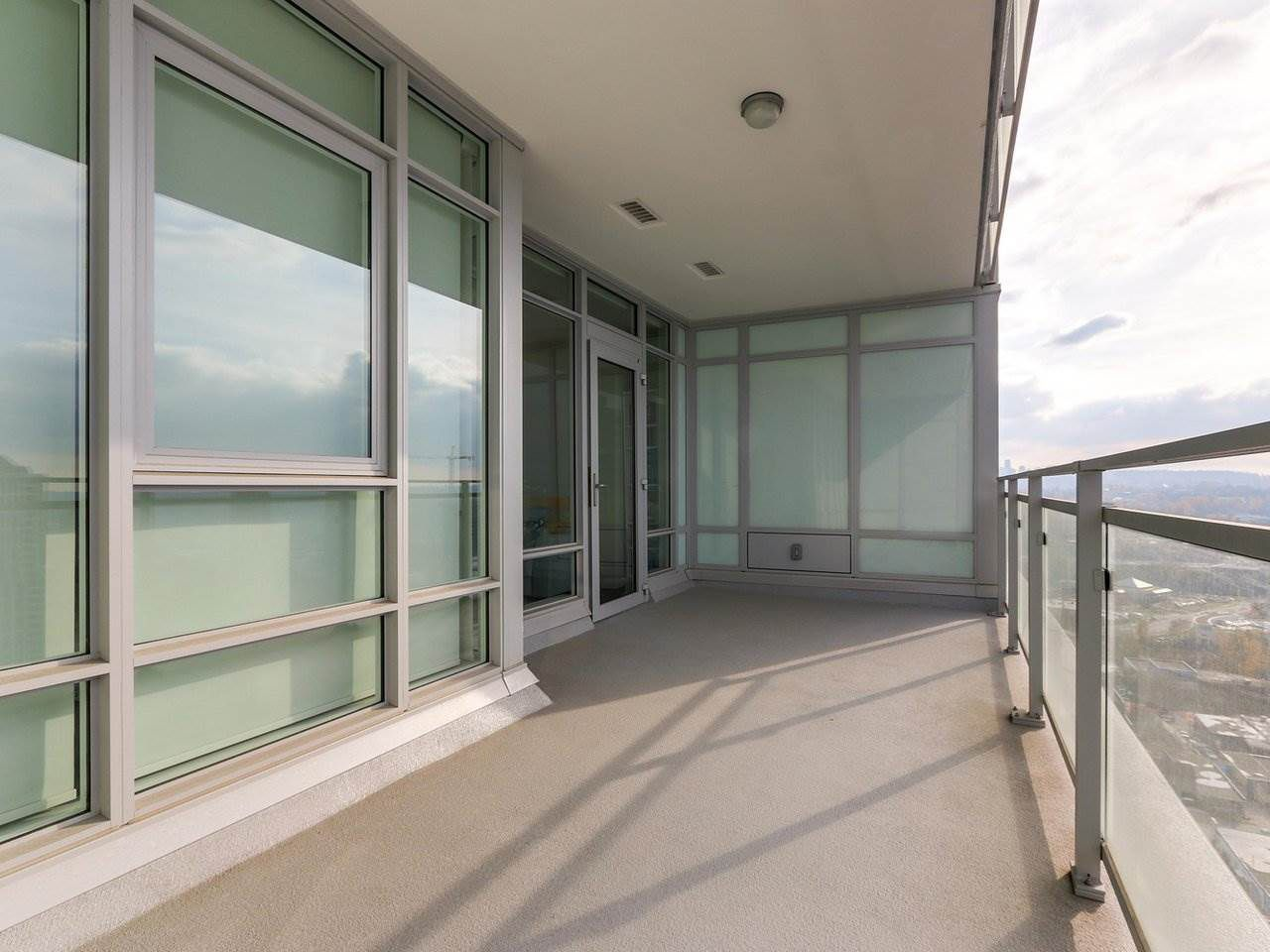 Photo 13: Photos: 1902 4485 SKYLINE Drive in Burnaby: Brentwood Park Condo for sale (Burnaby North)  : MLS®# R2378091