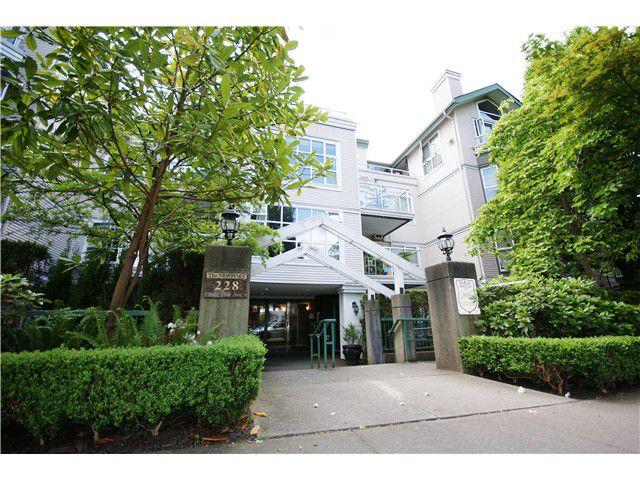 "Main Photo: 203 228 E 18TH Avenue in Vancouver: Main Condo for sale in ""The Newport"" (Vancouver East)  : MLS®# V1065528"