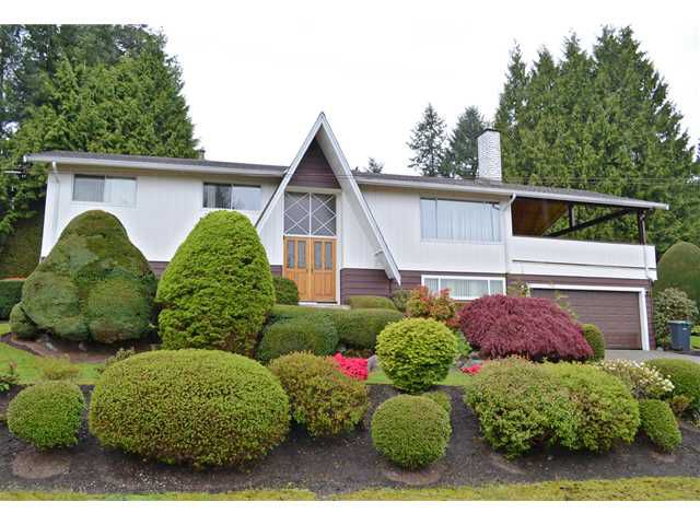 """Main Photo: 2985 LAZY A Street in Coquitlam: Ranch Park House for sale in """"RANCH PARK"""" : MLS®# V1116556"""