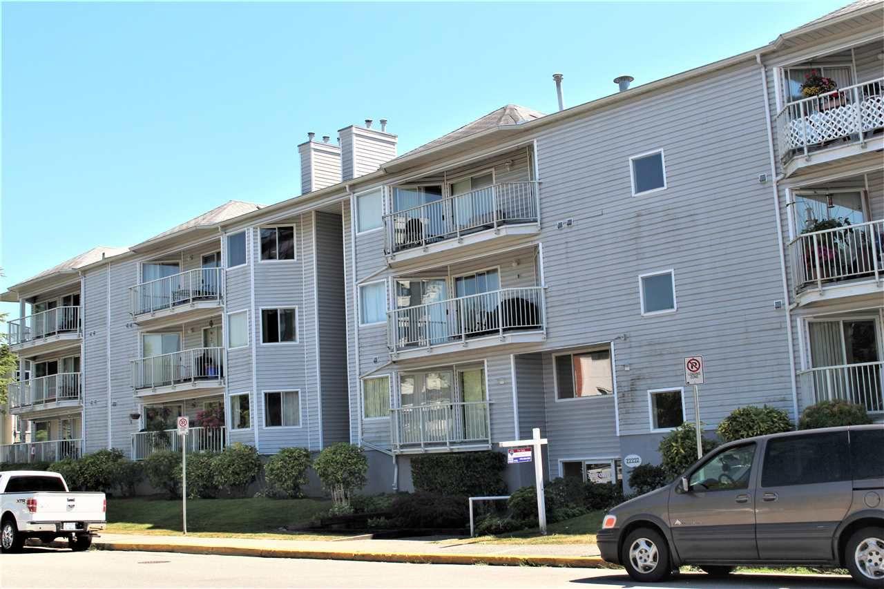 Main Photo: 104 22222 119 Avenue in Maple Ridge: West Central Condo for sale : MLS®# R2191773